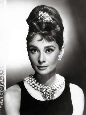 Perolas Audrey Hepburn