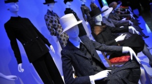 exposição Yves Saint Laurent